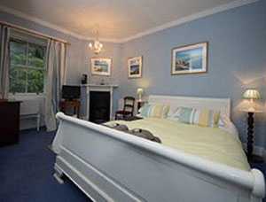 Bed-Breakfast-Balliemore-1