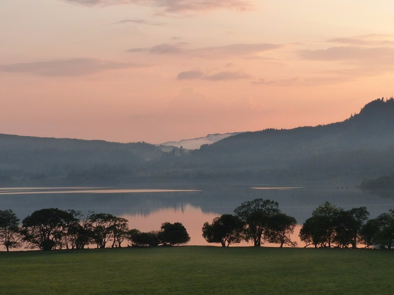 Gentle-sunset-over-Loch-Awe-at-Blarghour-2
